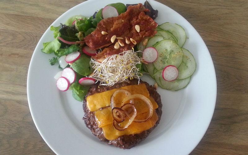 Cheesburger met sla