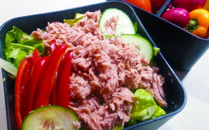 Tonijn salade met paprika