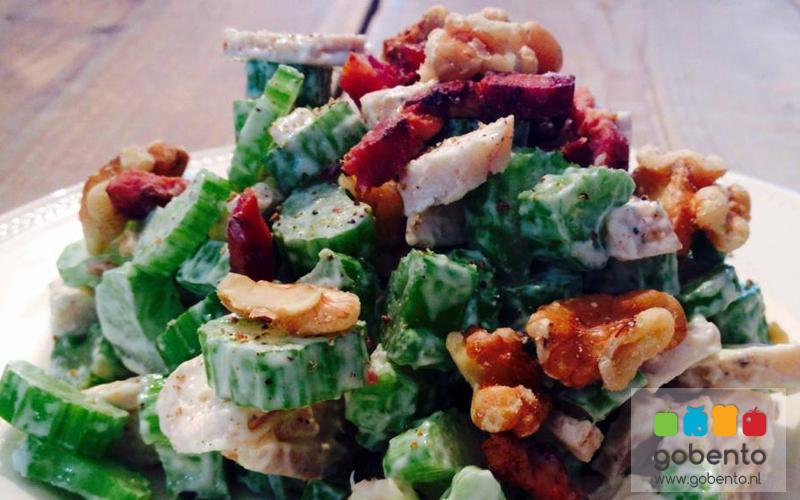 bleekselderij kip salade